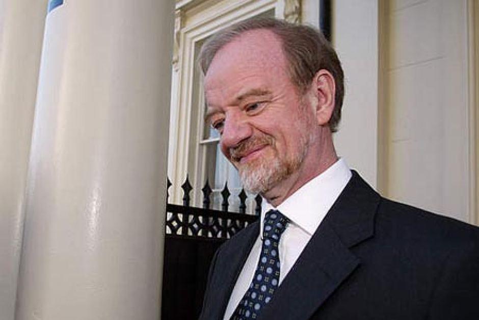 Britský ministr zahraničí Robin Cook se rozpovídal o tom, že je al-Káida podvod, a měsíc nato zemřel. Foto Wikimedia Commons